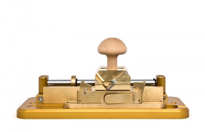 Gouging machine for Bagpipe